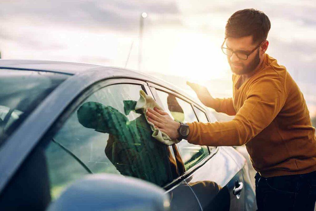 Pulire auto fai da te
